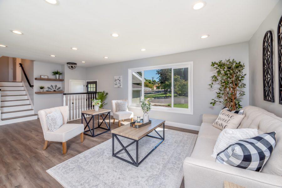 living-room-area-2988860